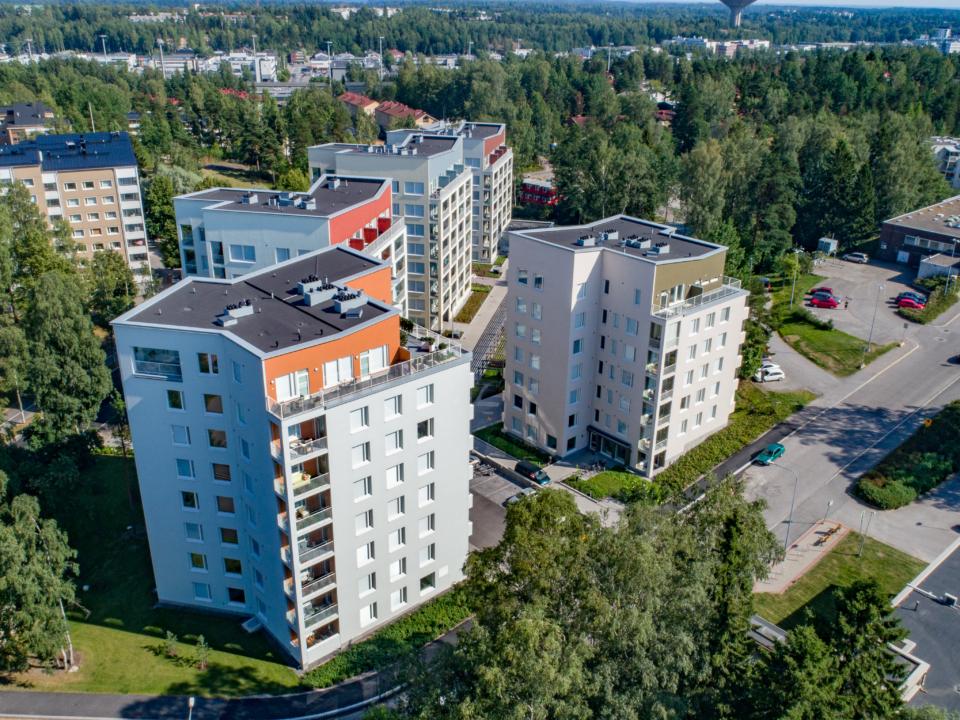 Asunto Oy Helsingin Herttoniemen torni ilmakuva Herttoniemi Helsinki